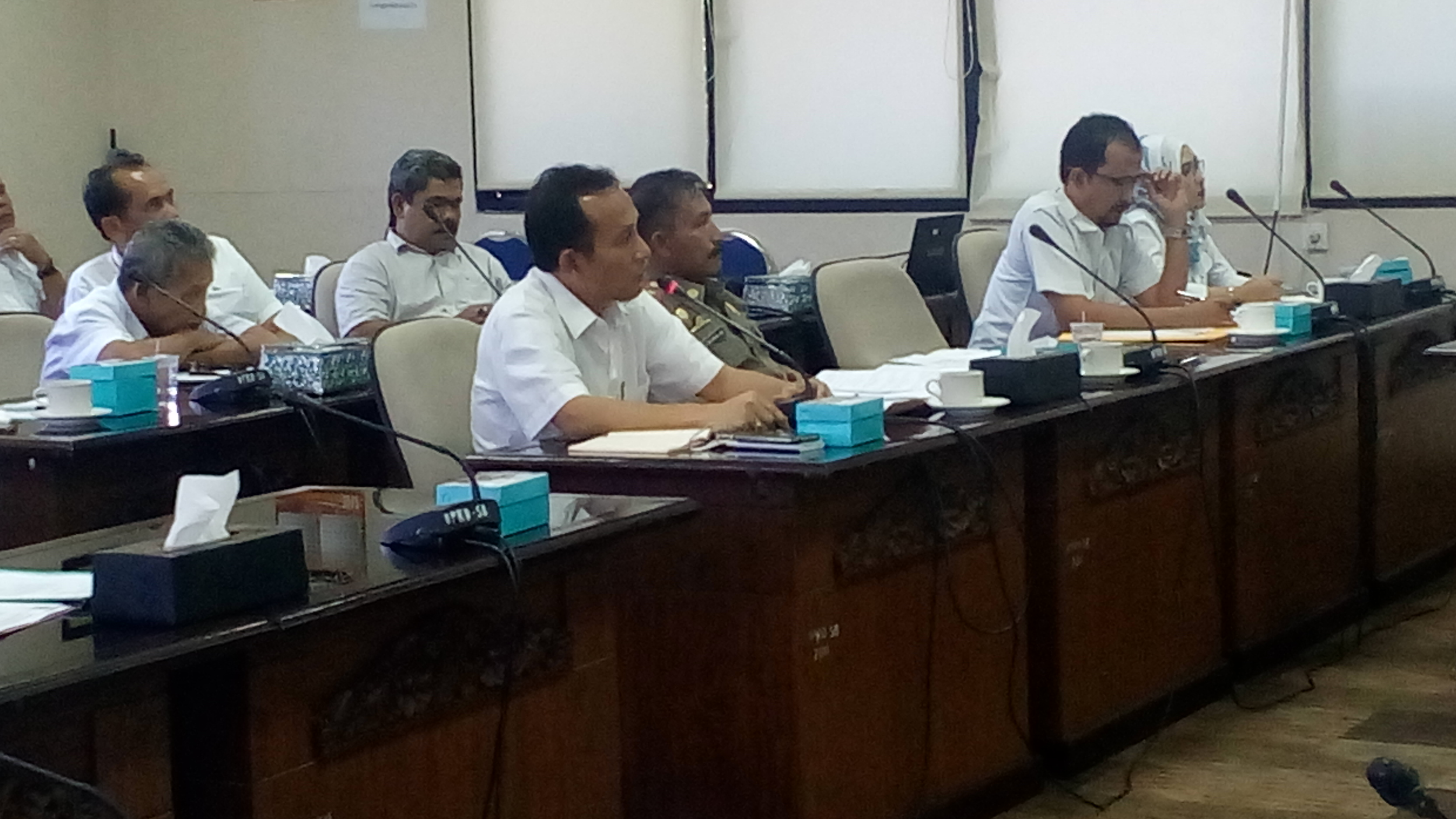 Rapat Dinas ESDM dengan Komisi IV DPRD Sumatera Barat