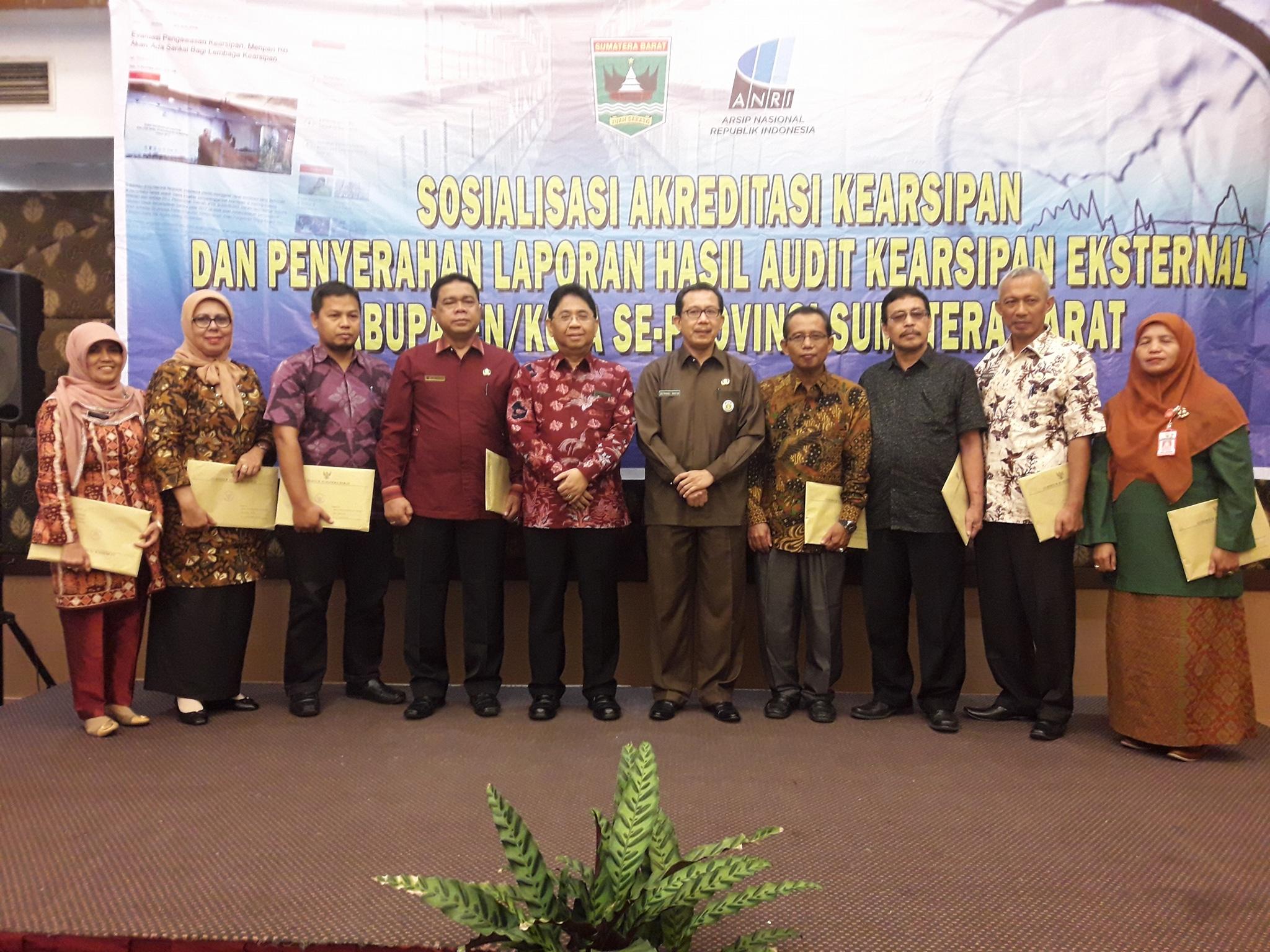 Laporan Audit Kearsipan 18 Kabupaten/Kota Buruk