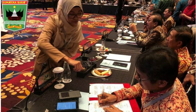 Gubernur Irwan Prayitno Teken Kerjasama Perdagangan Komoditas dan Produk Unggulan Antar Daerah