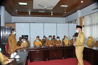 Gubernur Sidak ke Dinas PMD, Ingatkan Disiplin ASN dan Seragam Dinas